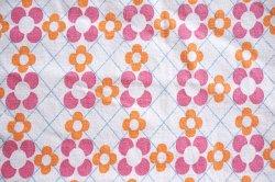 画像1: ピンクとオレンジの小さなお花(はぎれ)