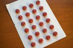 画像3: チェコの繊細な手作り、ピンクのガラスボタン
